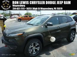 green jeep cherokee 2014 2014 eco green pearl jeep cherokee trailhawk 4x4 93524155