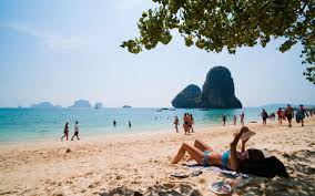 good books to do a book report on 28 of the best books for your summer holiday if you are looking for beach reading you have come to the right place