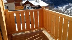 cache conteneur bois garde corps bois à palines balcon u0026 terrasse pinterest garde