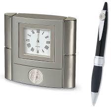 horloge de bureau horloge de bureau et stylo