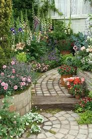 10 spectacular garden paths ideas that will impress you