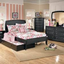 double trundle bed bedroom furniture bedroom breathtaking bedroom with full size trundle bed andersonesque