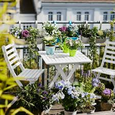 tips for making a small balcony hum ideas