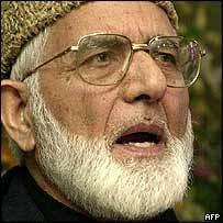 Syed Ali Shah Geelani. Geelani - 'our peaceful struggle will continue' - _40519027_203geelani-afp