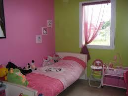 chambre fille vert prepossessing chambre fille vert anis vue ext rieur sur enfant