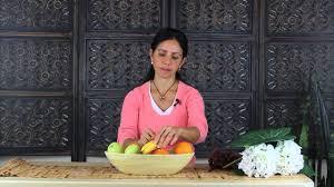 how to make a centerpiece using artificial fruit centerpiece