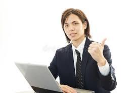 sexe au bureau l employé de bureau de sexe masculin qui pose heureusement image