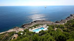 four seasons u0027 french riviera grand hotel du cap ferrat offers the