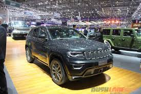 jeep grand cherokee 2017 blacked out saif ali khan buys jeep grand cherokee srt suv worth rs 1 1 crore