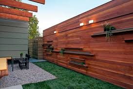 Garden Barrier Ideas Screening Fence Or Garden Wall 102 Ideas For Garden Design