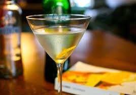 james bond martini shaken not stirred cocktailblog 50 jaar u0027shaken not stirred u0027 de standaard