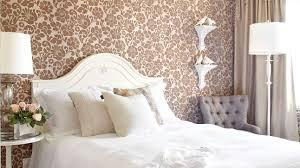chambre chic du papier peint dans la chambre chic les idées de ma maison