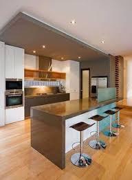 House Interior Design Kitchen with Cozinha Americana Com Madeira Integrada A Sala De Jantar Pad