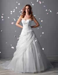 tati robe de mariage tati mariage balanquin sur le site du mariage