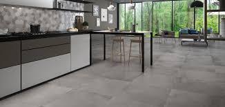 piastrelle per interni moderni gallery of piastrelle pavimenti in gres dai grandi formati per
