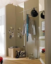 garderobe schmaler flur fotostrecke offene garderobe bild 8 schöner wohnen