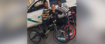 black friday bicycles louisiana cop goes black friday shopping to bring holiday cheer to