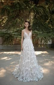 fairy tale wedding dresses 10 fairytale wedding gowns