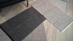 tapis cuisine noir impressionnant tapis couloir noir et blanc décoration française