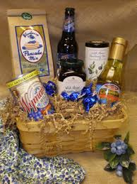maine gift baskets blueberry gift basket berry vines garden blooms unique finds
