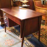 bureau acajou bureau vintage style danois en acajou ées 60 puces d oc