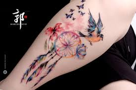 butterflies tattoos on leg dreamcatcher butterfly tattoo google zoeken love the feathers