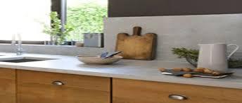 repeindre un plan de travail cuisine peindre un plan de travail avec un effet naturelle