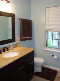 Dark Brown Bathroom Accessories by Best 25 Brown Bathroom Paint Ideas On Pinterest Bathroom Colors
