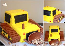 kerienebulldozercake trucks party pinterest bulldozer cake