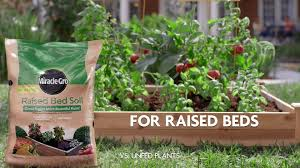 shop miracle gro 1 5 cu ft raised bed soil at lowes com