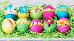 easter eggs decoration decorating easter eggs kitchen explorers pbs parents pbs