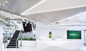 cbre it service desk in this office desks are for working not eating lunch the globe