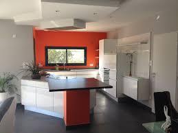 couleur de cuisine mur couleur mur cuisine blanche 0 la couleur orange r233investit la