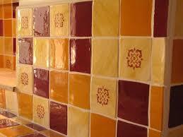 carrelage mural cuisine provencale impressionnant faience cuisine provencale avec carrelage mural
