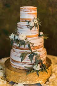 cheap wedding cake stands best 20 gold wedding cake stand ideas on pinterest champagne