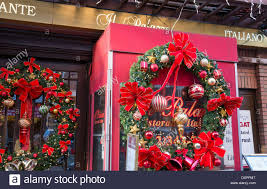 mulberry street with christmas decorations stock photos u0026 mulberry