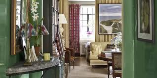 designer u0027s small apartment fits elegant decor max sinsteden
