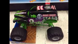 wheels monster jam grave digger truck wheels monster jam giant grave digger audio picture review