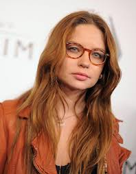 hair shaped around fce most flattering glasses for your face shape