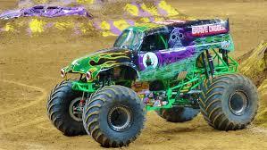 monster truck races 2015 file grave digger monster jam 2014 cropped jpg wikimedia commons