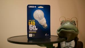 Cree Dimmable Led Light Bulbs by Review Cree Led Light Bulb Tech Guy Eric