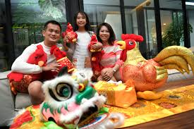 Chinese New Year Home Decoration Families Go Big With Nature For Chinese New Year Decor Home
