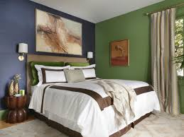 How To Paint An Accent Wall solid color bedroom inspiration feature artistic painting wall