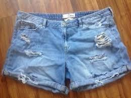 light wash denim shorts ditto short mid rise size 31 denim light wash jean shorts