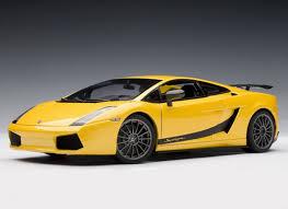 Lamborghini Gallardo Models - lamborghini gallardo superleggera diecast model car by autoart 74584