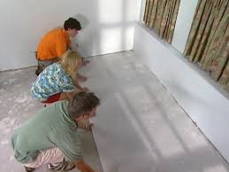 installing a vapor barrier for laminate flooring