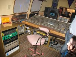 Recording Studio Desk Uk by William Goode Tag Recording Studio Of The Week Page 2