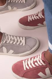 Theeffortlesschic The 25 Best Veja Store Ideas On Pinterest Chaussure Veja