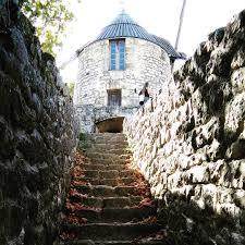 chambre d hote lautrec le chemin qui mène au moulin de lautrec près de brin de cocagne