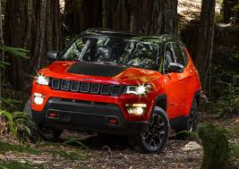 jeep car 2017 2017 jeep compass revealed looks like a smaller grand cherokee